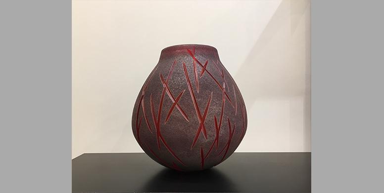 AP-Vase-rouge