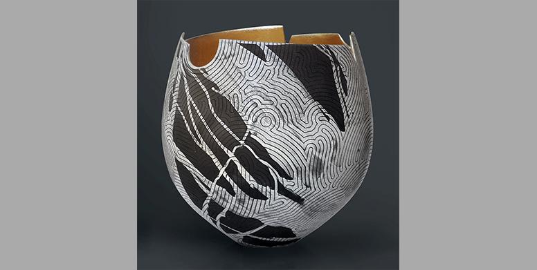 GL-Lumiere-contenue-motifs-sillons